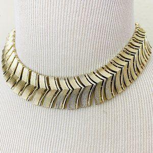 Vintage 1980s Gold Tone Chevron Choker Necklace.